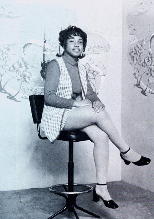 Theresa Armstead, named campus queen in 1972, seated., Digitized 2014-09 J. F. Drake Memorial LRC, Alabama A&M University.